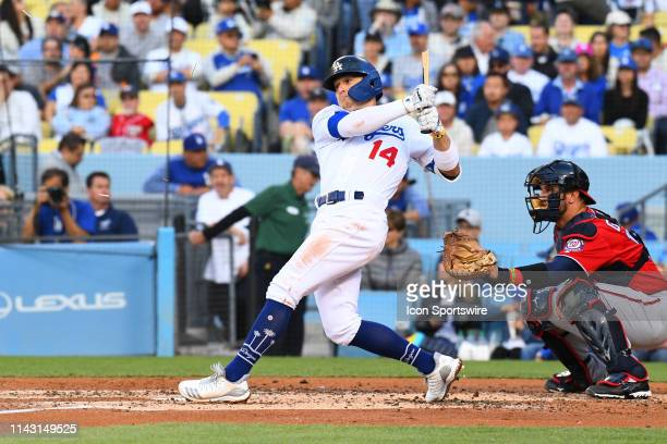 Los Angeles Dodgers second baseman Enrique Hernandez breaks his bat during a MLB game between the Washington Nationals and the Los Angeles Dodgers on...