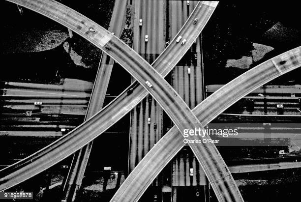 los angeles freeway - southern california stock pictures, royalty-free photos & images