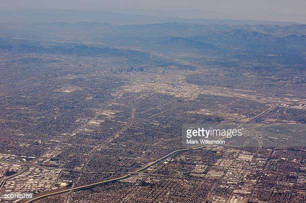 los angeles from the air. - hollywood hills stock pictures, royalty-free photos & images
