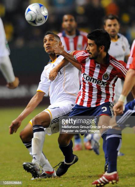 CARSON 11/08/09 Los Angeles Galaxy beat Chivas USA 10 to advance to the MLS Western Conference finals 2nd half Galaxy's Sean Franklin left gets...
