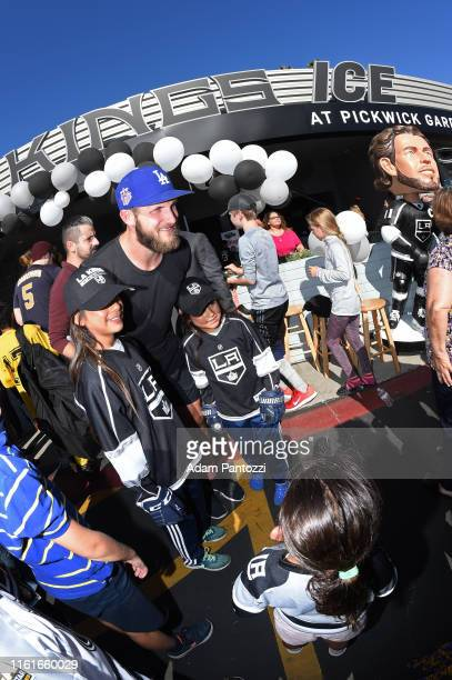 Los Angeles Kings Forward Kyle Clifford poses for a photo with fans during the LA Kings Pickwick Ice Center Grand ReOpening at LA Kings Pickwick Ice...