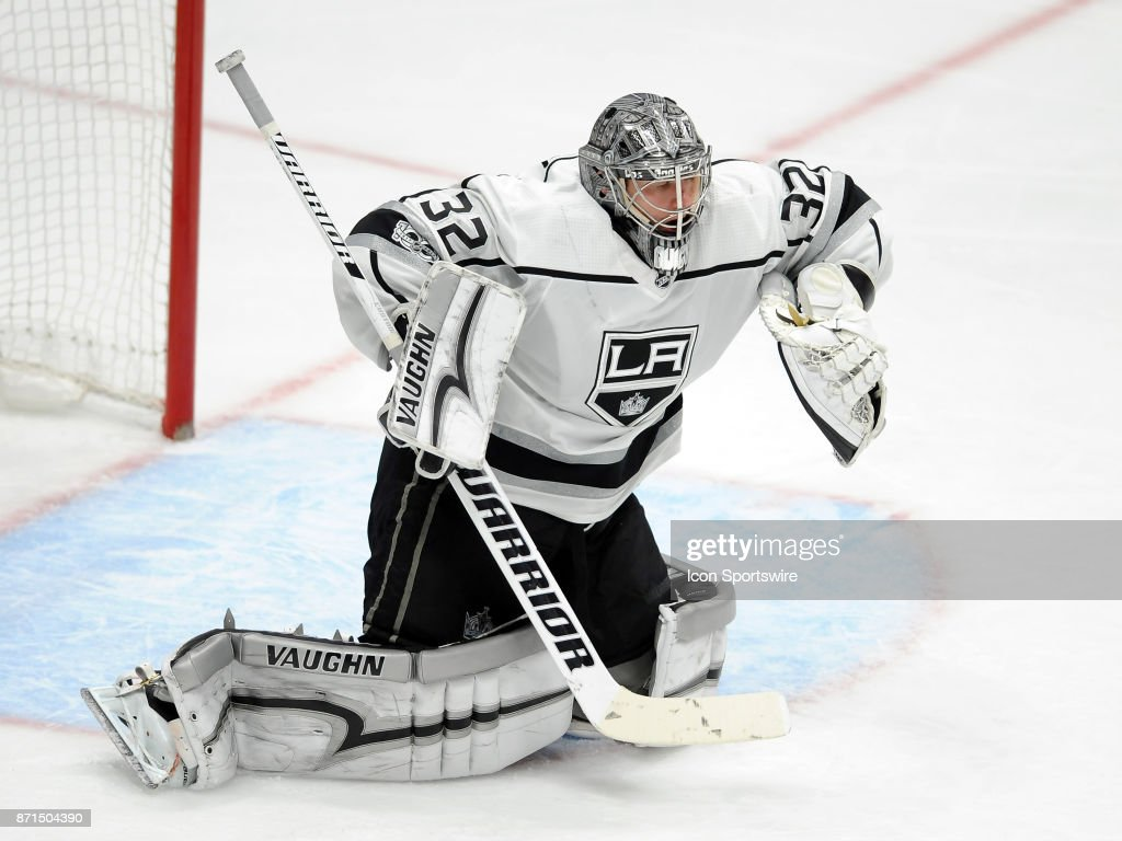 Los Angeles Kings goalie Jonathan Quick (32) in action during the third period of a game against the Anaheim Ducks, on November 7, 2017, played at the Honda Center in Anaheim, CA.