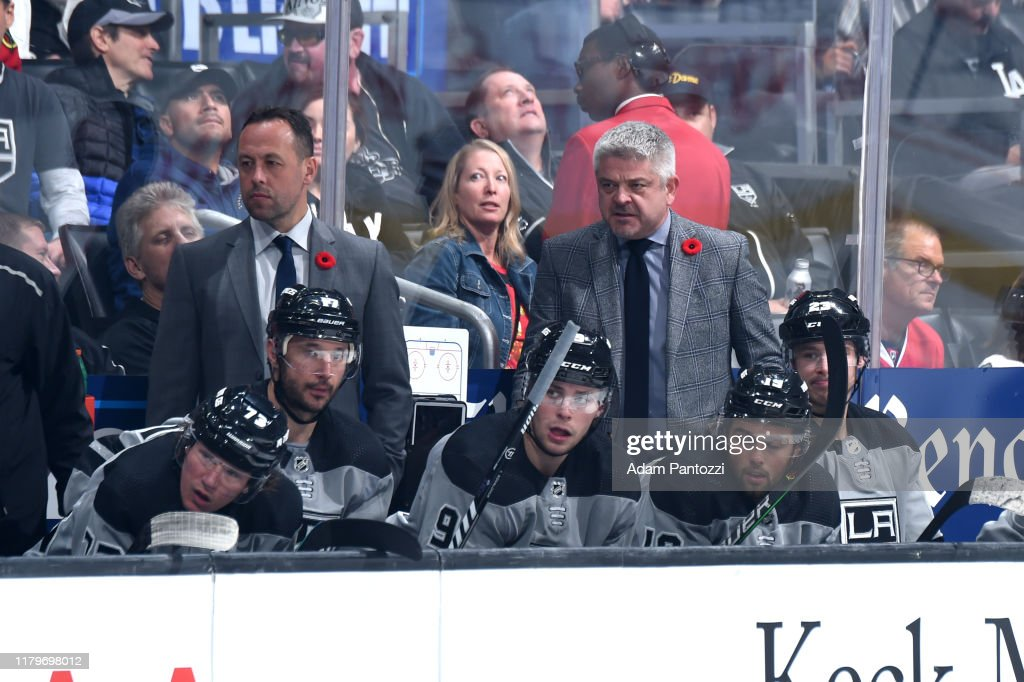 Los Angeles Kings head coach Todd McLellan watches the ...