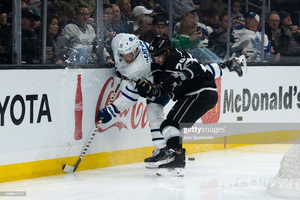 NHL: MAR 05 Maple Leafs at Kings : News Photo