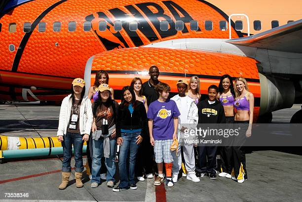 Los Angeles Lakers assistant coach Craig Hodges The Laker Girls and student winners of the Lakers Youth Foundation and Southwest Airlines essay...