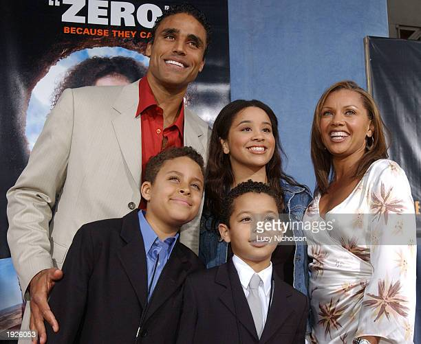 Los Angeles Lakers forward and actor Rick Fox his wife actress Vanessa Williams Rick's son Kyle and Vanessa's children Jilliam and Devean attend the...