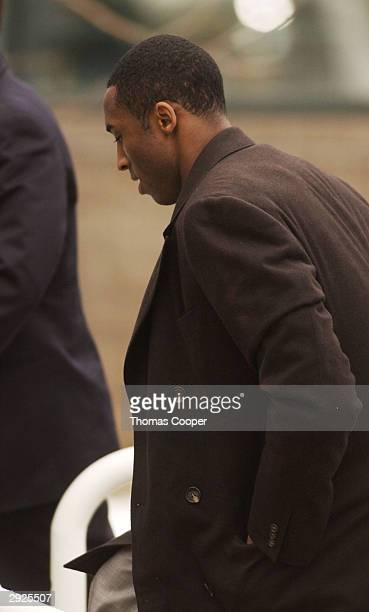 Los Angeles Lakers guard Kobe Bryant comes back from lunch for a motions hearing at the Eagle County Justice Center for hearings February 3 2004 in...