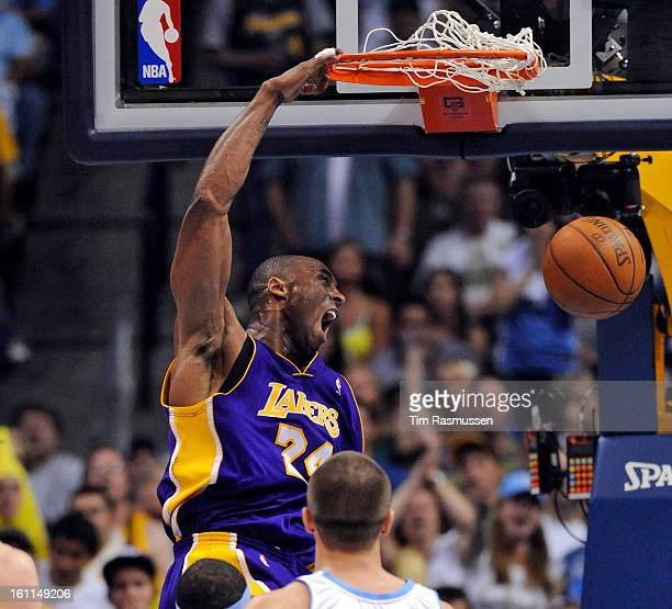 Los Angeles Lakers guard Kobe Bryant dunks the ball in the fourth quarter of play in Game 6 of the Western Conference Finals best of seven series...