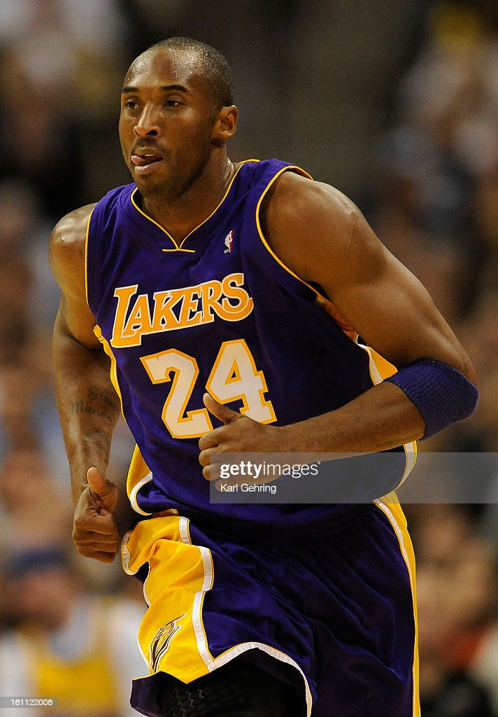 Los Angeles Lakers guard Kobe Bryant (24). The Denver Nuggets hosted the Los Angeles Lakers in a late Friday night game, November 13, 2009 at the Pepsi Center. Karl Gehring, The Denver Post : News Photo