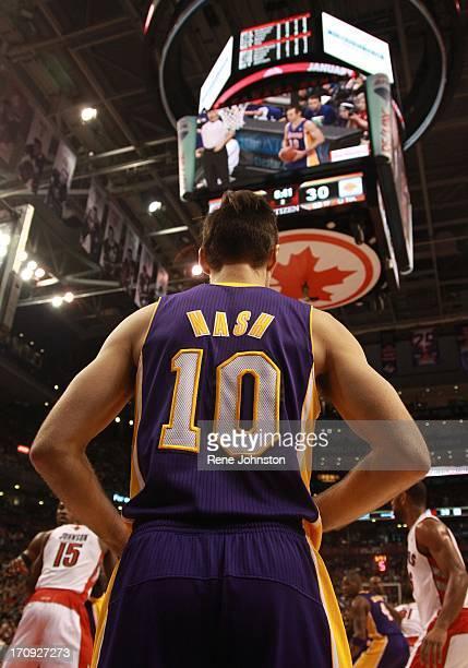 Los Angeles Lakers guard Steve Nash in Toronto Detail shot for any use Rene Johnston/ Toronto Star