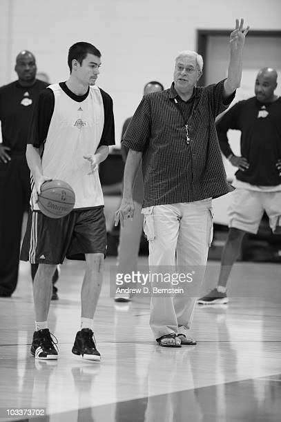 Los Angeles Lakers head coach Phil Jackson instructs Adam Morrison during the Lakers live practice on October 1 2009 at Toyota Sports Center in El...