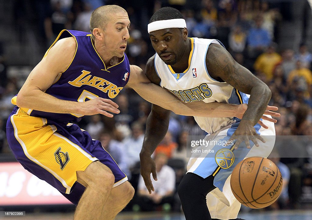 Denver Nuggets versus the Los Angeles Lakers : News Photo