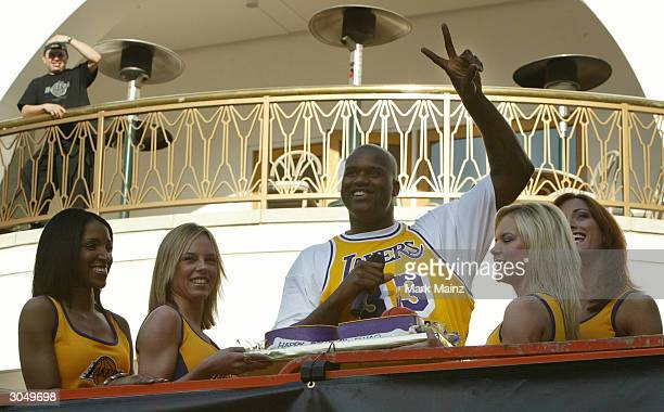 Los Angeles Lakers Shaquille O'Neal on his 32nd birthday opens the Team LA Superstore on Universal Studios Citywalk in Los Angeles 2004 in California