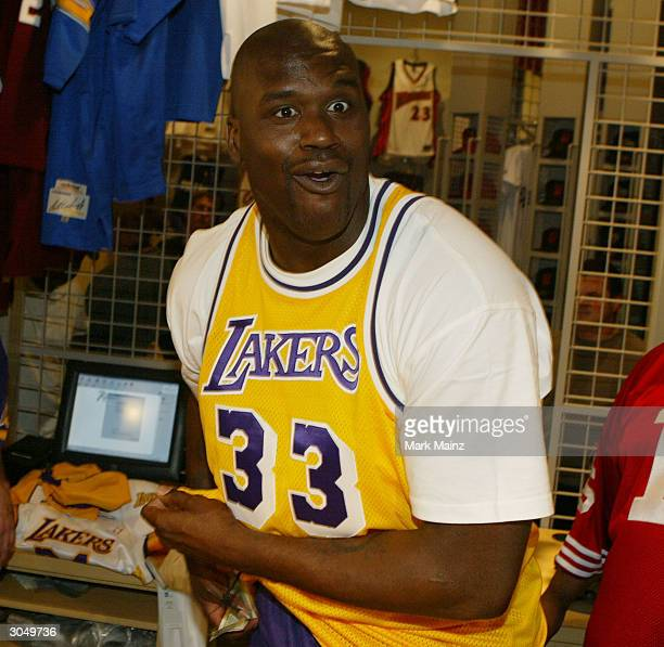 Los Angeles Lakers Shaquille O'Neal on his 32nd birthday opens the Team LA Superstore on Universal Studios Citywalk March 6 2004 in Los Angeles in...