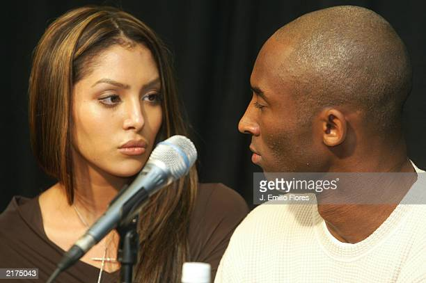 Los Angeles Lakers star Kobe Bryant and his wife Vanessa speaks appear at news conference at Staples Center the home of the Lakers July 18 2003 in...