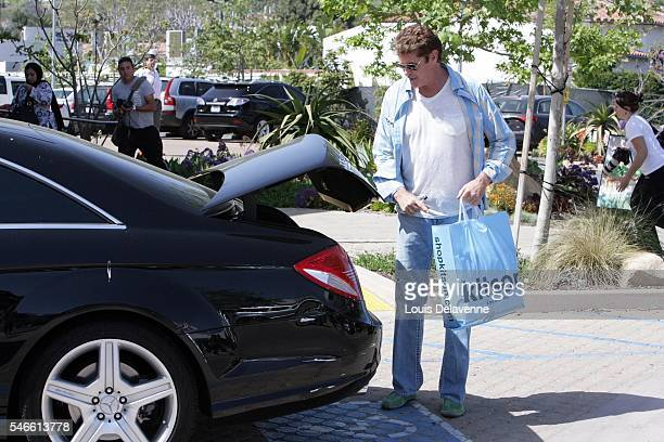 ONLY Los Angeles March 27 2010 David Hasselhoff and daughter Hayley Hasselhoff shopping at Kitson Men Alice Olivia and Intermix stores at the Lumber...
