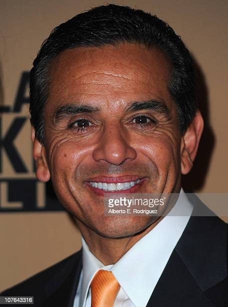 "Los Angeles Mayor Antonio Villaraigosa arrives at CNN's ""Larry King Live"" final broadcast party at Spago restaurant on December 16, 2010 in Beverly..."