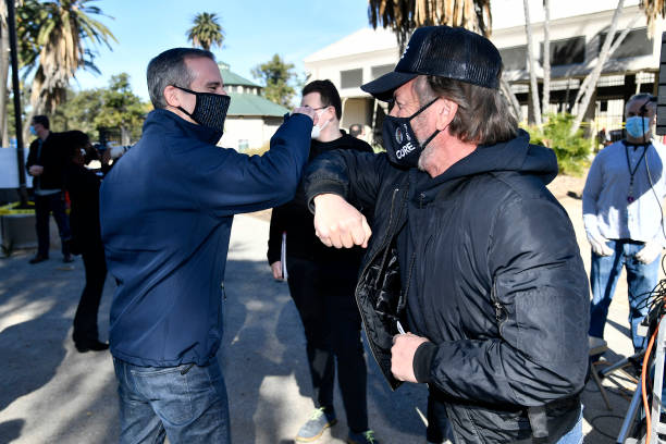 CA: Mayor Eric Garcetti Visits Coronavirus Vaccination Site In Los Angeles With CORE Chairperson Sean Penn And CEO Ann Lee