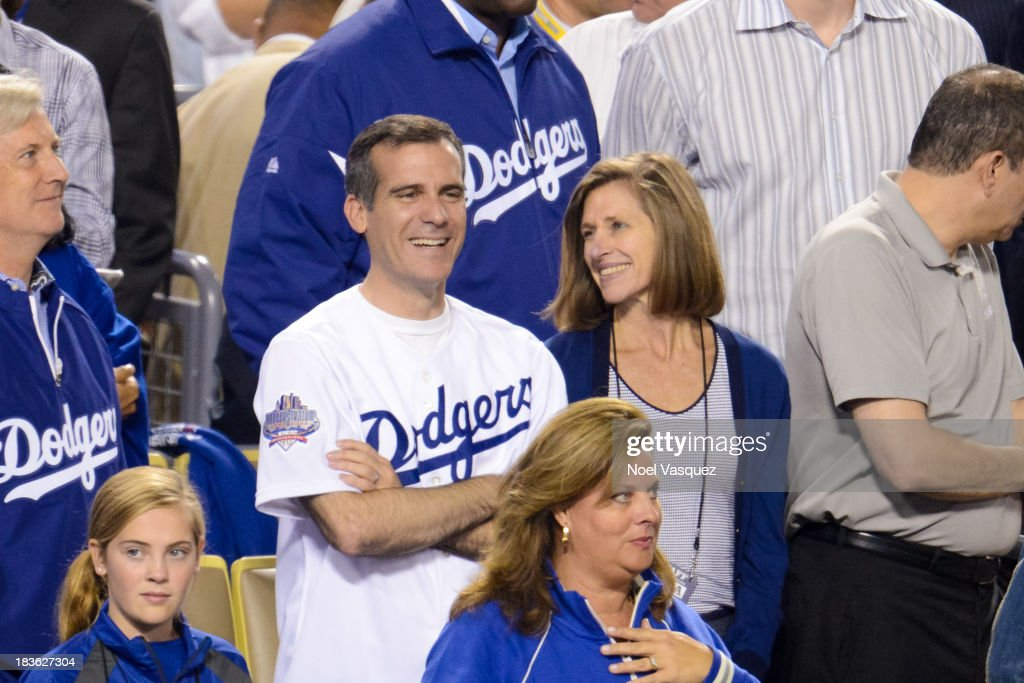 los-angeles-mayor-eric-garcetti-attends-
