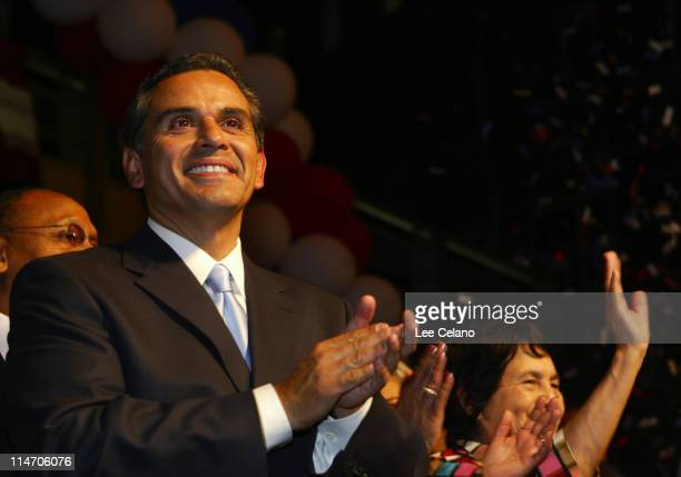 Los Angeles mayoral candidate Antonio Villaraigosa celebrates his victory over Jim Hahn during an election night celebration in Los Angeles May 17,...