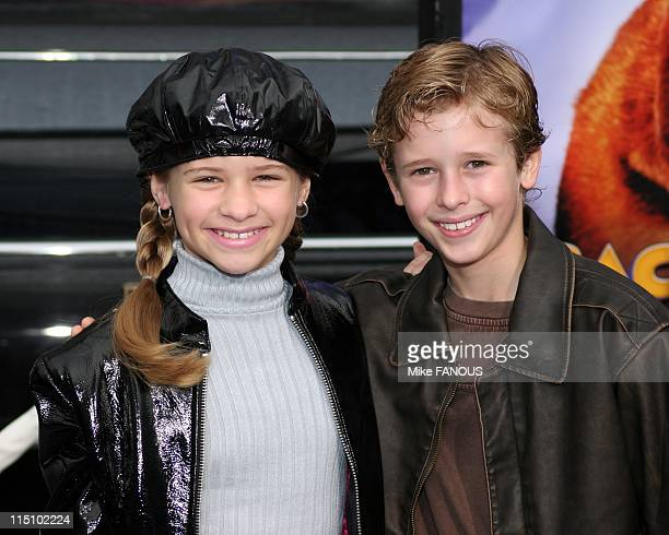 Los Angeles Premiere of 'Racing Stripes' in Hollywood United States on January 08 2005 Jenna and Cayden Boyd at Grauman's Chinese Theatre