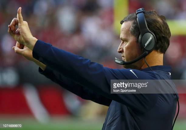 Los Angeles Rams Assistant Head Coach Joe Barry calls a play during the NFL football game between the Arizona Cardinals and the Los Angeles Rams on...