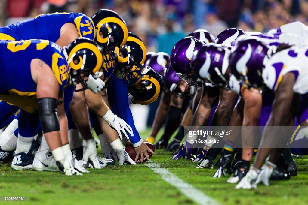 NFL: SEP 27 Vikings at Rams : News Photo