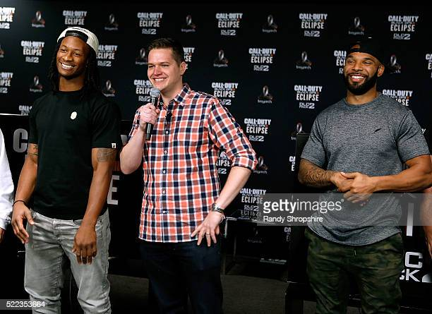 Los Angeles Rams running back Todd Gurley goes headtohead against New York Jets running back Matt Forte with Chris Puckett in Call Of Duty Black Ops3...