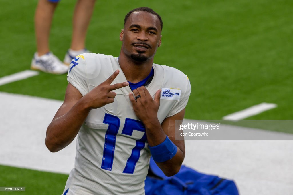 NFL: AUG 22 Rams Scrimmage : News Photo