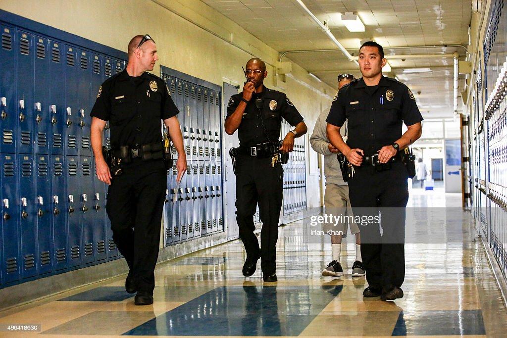 Los Angeles School Police : News Photo