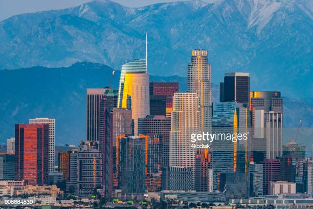 los angeles skyline - los angeles skyline stock pictures, royalty-free photos & images
