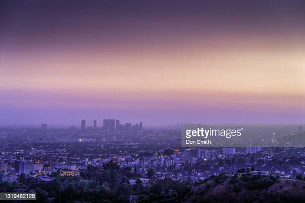 los angeles sunset from griffith park - don smith stockfoto's en -beelden