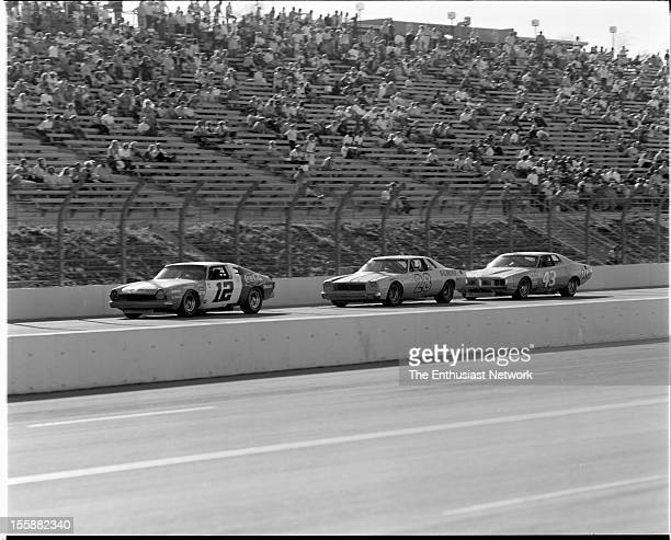 Los Angeles Times 500 Ontario Motor Speedway Bobby Allison came from fourth position on the grid to take the checkered flag in his 1974 AMC Matador...