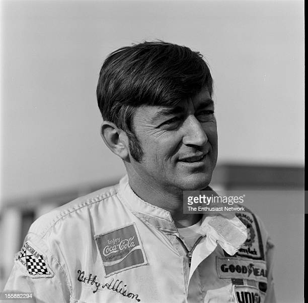 Los Angeles Times 500 Ontario Motor Speedway Bobby Allison driver of the Penske AMC Matador moved from fourth position on the grid to win the 1974 LA...