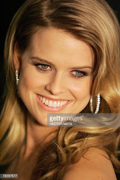 """Los Angeles, UNITED STATES: Actress Alice Eve poses for photographers as she arrives to the premiere of """"Starter for 10"""" in Hollywood, CA 06 February..."""