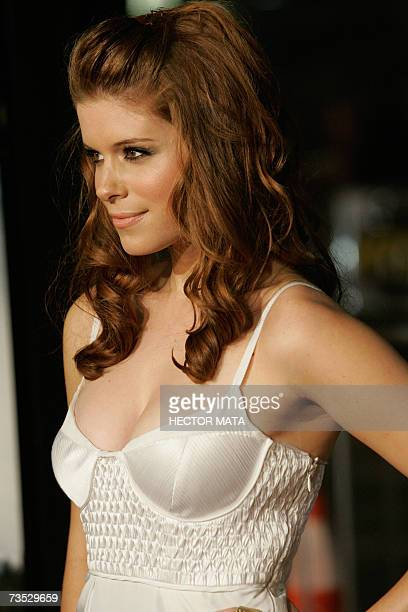 Actress Kate Mara arrives for the premiere of the Paramount Pictures production Shooter in Los Angeles CA 08 March 2007 Starring Mark Wahlberg...