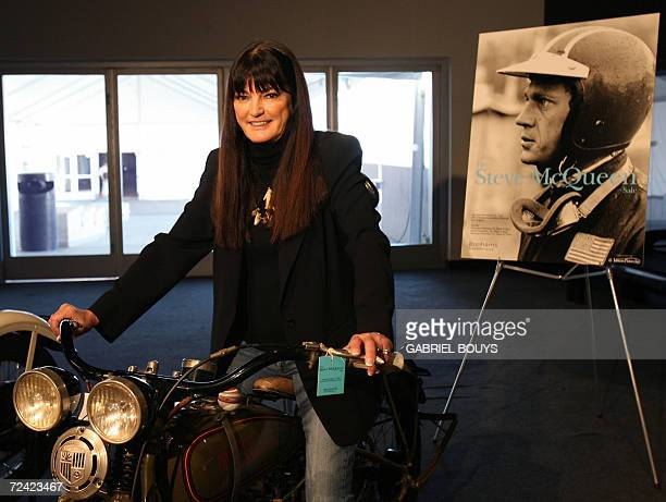 Los Angeles, UNITED STATES: Barbara McQueen Brunsvold, widow of US movie star Steve McQueen, poses on a 1929 Harley Davidson model B 21CI, 06...