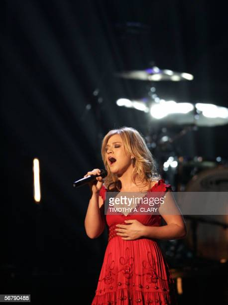 Kelly Clarkson performs during the 48th Annual Grammy Awards 08 February 2006 at the Staples Center in Los Angeles Clarkson won Best Female Pop Vocal...