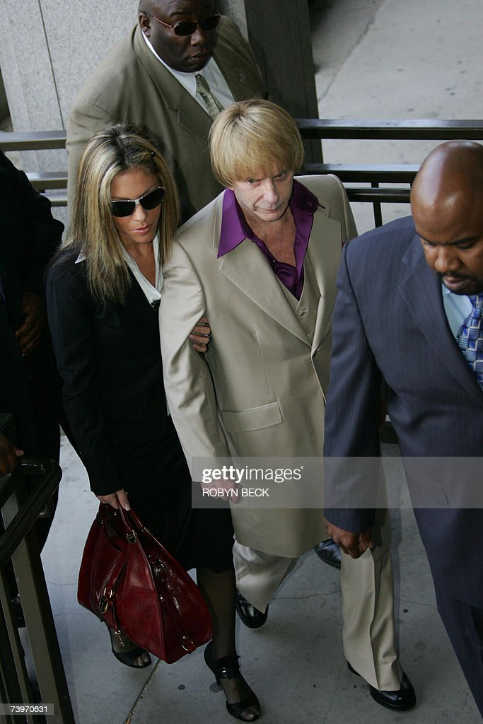 Music producer Phil Spector arrives with wife Rachelle ...