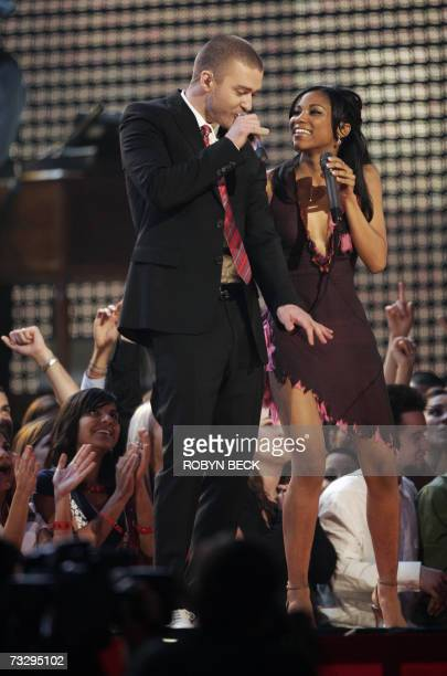 Singer Justin Timberlake and My Grammy Moment winner Robyn Troup perform at the 49th Grammy Awards in Los Angeles 11 February 2007 Troup won a...