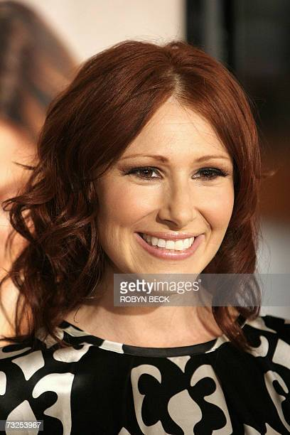 """Los Angeles, UNITED STATES: Singer Tiffany arrives for the premier of the film """"Music and Lyrics"""" in Los Angeles, California, 07 February 2007. AFP..."""