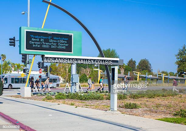los angeles valley college - community college stock pictures, royalty-free photos & images