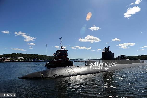 los angeles-class submarine uss annapolis. - marinebasis stockfoto's en -beelden