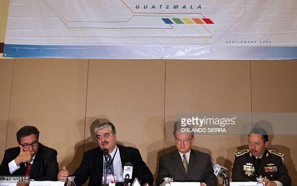 Los guatemaltecos Juan Luis Florido fiscal General de la Nacion Carlos Vielman ministro de Gobernacion Eduardo Stein vice presidente de Guatemala y...