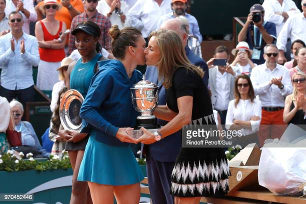 Losing Women Finalist Sloane Stephens Winner of the Women Final Simona Halep and Arantxa Sanchez Vicario standing on the court after the Women Final...