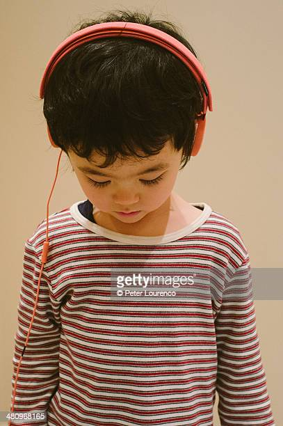 lost in music - peter lourenco stock pictures, royalty-free photos & images