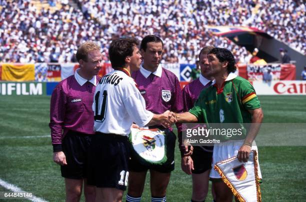 Lothar Matthaus / Arturo Brizio Carter / Carlos Borja Allemagne / Bolivie Coupe du Monde 1994 Chicago Photo Alain Gadoffre / Icon Sport