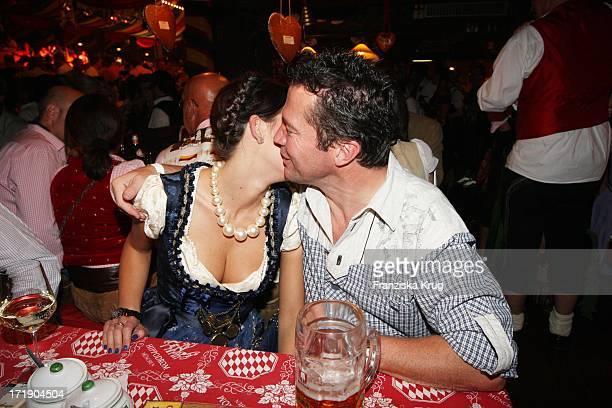 Lothar Matthäus Und Ehefrau Liliana Bei Der Davidoff Nacht Im Hippodrom Beim Oktoberfest In München