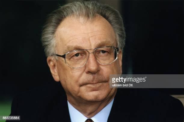 Lothar Späth * Politiker Manager CDU D Vorstandsvorsitzender der CarlZeissWerke in Jena Porträt