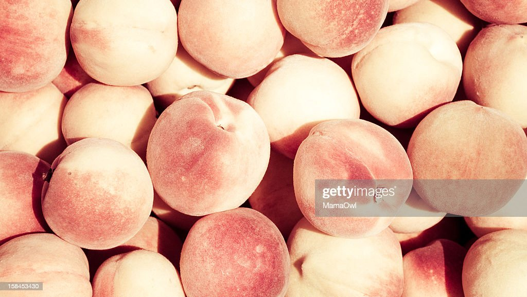 Lots of peaches : Bildbanksbilder